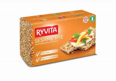 Хлебцы из цельного зерна кунжутом 250г RYVITA