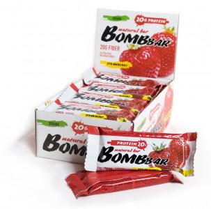 Батончик протеиновый Клубника 60г Bombbar